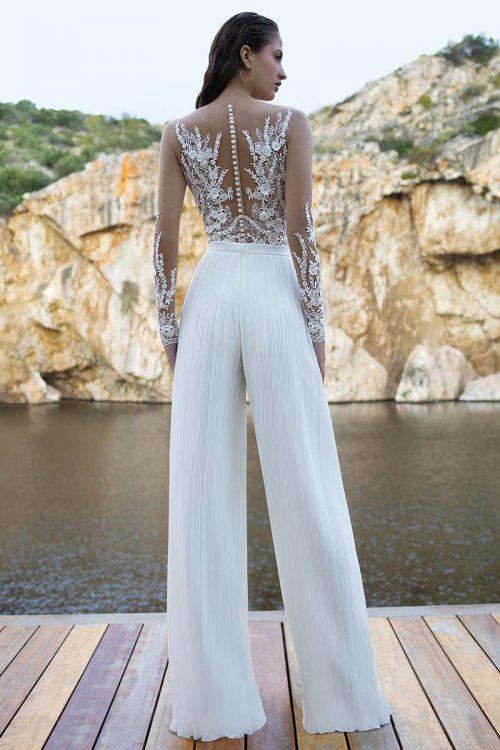 traje novia pantalon plisado cuerpo encaje